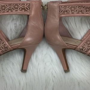 Jessica Simpson Shoes - [Jessica Simpson] Heels Size 9.5 Shoes Leather